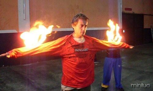 Guto-Em-chamas